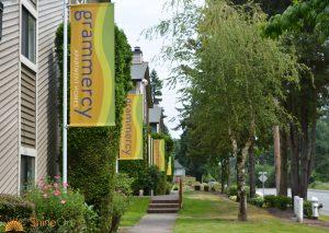 custom sidewalk banner flag